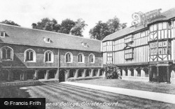 Cambridge, Queens' College, Cloister Court 1914
