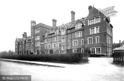 Cambridge, Selwyn College 1890