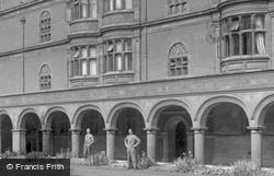 Sidney Sussex College Cloister Court 1914, Cambridge