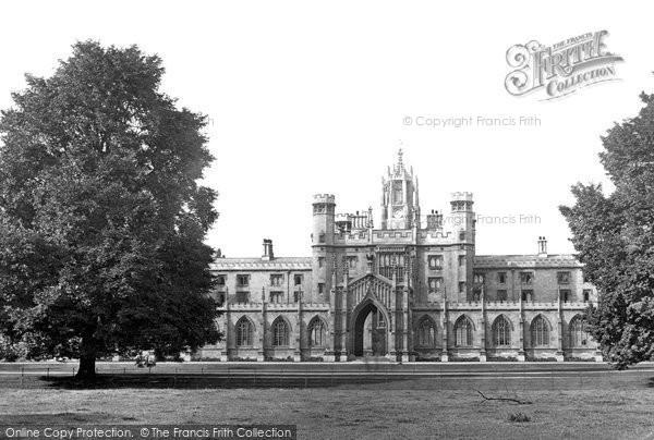 Photo of Cambridge, St John's College 1890
