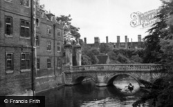 Cambridge, St John's College c.1954