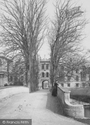 Cambridge, Trinity College Bridge 1890