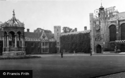 Cambridge, Trinity College c.1954