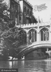 Cambridge, Under The Bridge Of Sighs c.1965