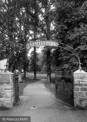 Camelford, Enfield Park Entrance 1923