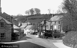 The Square c.1933, Camelford