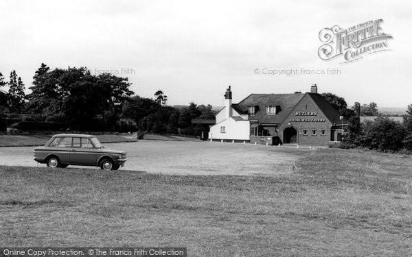 Photo of Cannock, Shoal Hill Tavern c.1965