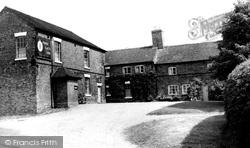 Park Gate Inn c.1955, Cannock Wood