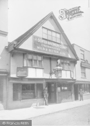 Canterbury, Three Compasses Inn 1886