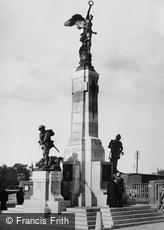 Cape Town, War Memorial, Adderley Street c1935
