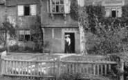 Capel, Lady At Bennetts Farm 1906