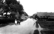 Photo of Village 1906, Capel