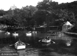 Payne's Boating Lake And Wishing Well 1935, Carbis Bay