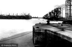 Cardiff, Bute Docks 1925