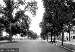 Cardiff, College Avenue 1925