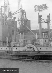 Paddle Steamer 1962, Cardiff