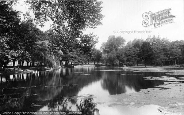 Photo of Cardiff, Roath Park 1896