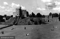 Cardiff, The Green And Castle Keep c.1960