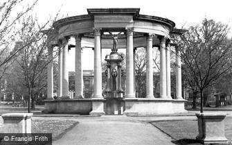 Cardiff, the War Memorial, Cathays Park c1955