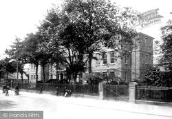 Cardiff, University 1902