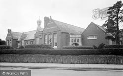 Cardigan, The School 1949