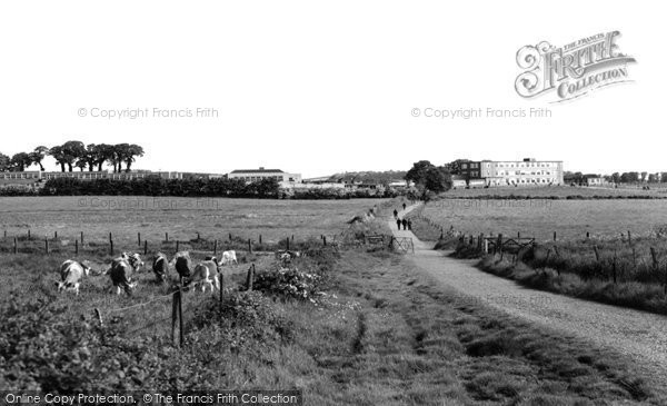 Photo of Carisbrooke, Carisbrooke Grammar School c1960
