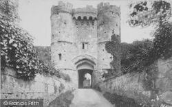 Carisbrooke, Castle, Gateway 1908