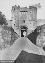 Carisbrooke, Castle, Gateway 1935