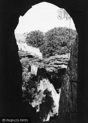 Carisbrooke, Castle, The Gatehouse And Chapel c.1960