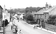 Carisbrooke, High Street c1955