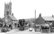 Carisbrooke, the Village c1955