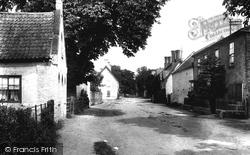 The Village 1909, Carlton-on-Trent