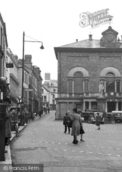 Carmarthen, Guildhall 1949