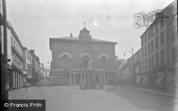 Guildhall Square 1949, Carmarthen