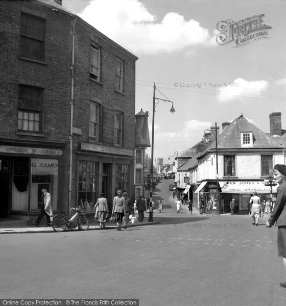 Photo of Carmarthen, Guildhall Square 1949