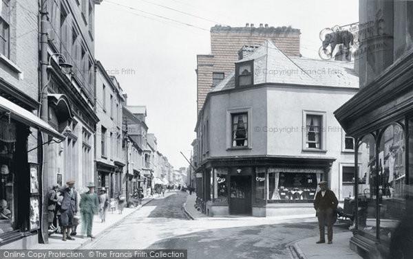 Photo of Carmarthen, King Street 1925