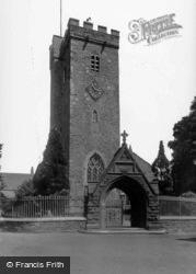 St Peter's Church 1925, Carmarthen