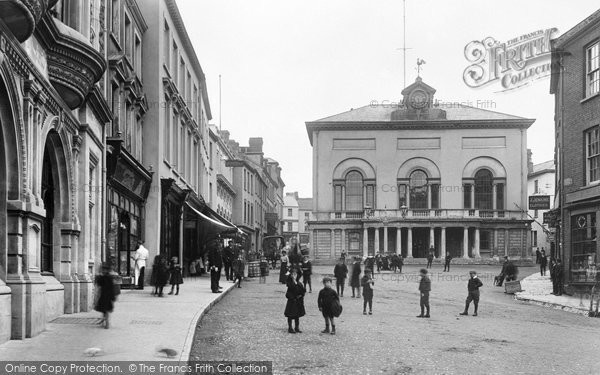 Carmarthen, the Guildhall 1906