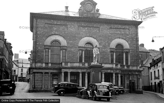 Photo of Carmarthen, The Guildhall 1949