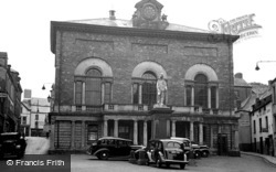Carmarthen, The Guildhall 1949
