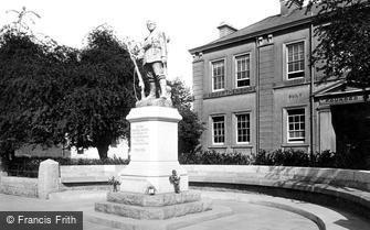 Carmarthen, War Memorial and Infirmary 1925