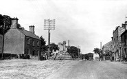Carperby, the Village and Cross c1955