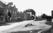 Carperby, Village and Cross 1914