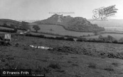 Castle And Surrounding Countryside 1953, Carreg Cennen