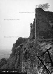 Castle, The Ramparts 1953, Carreg Cennen