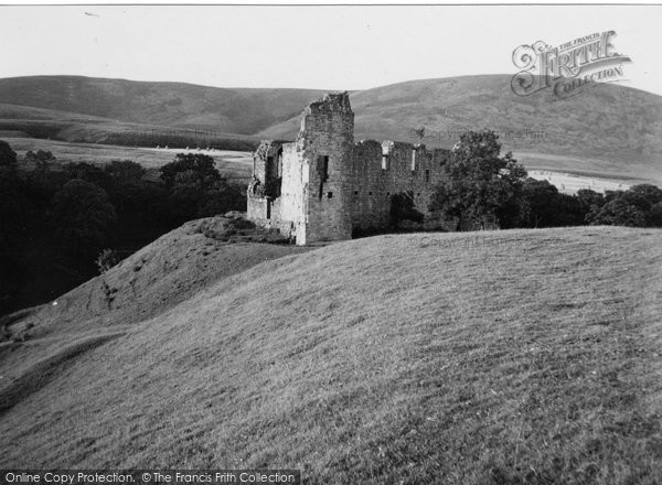 Carronbridge, Morton Castle 1951