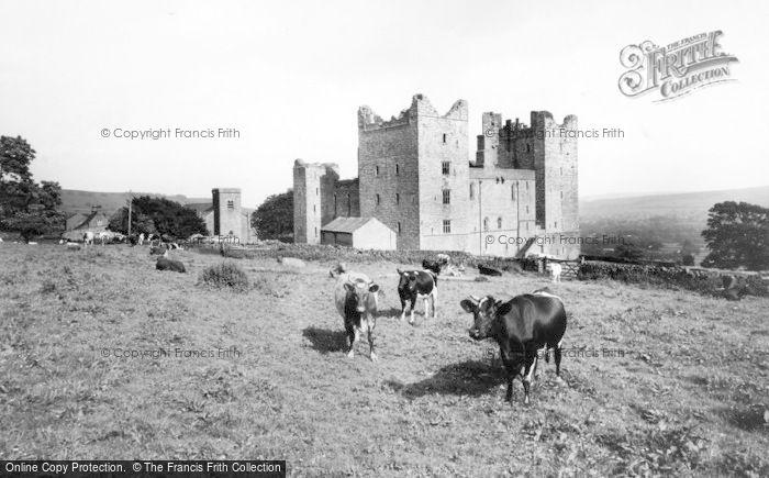 Photo of Castle Bolton, Bolton Castle c.1960