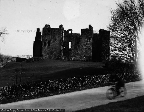 Photo of Castle Bolton, The Castle c.1932