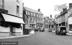 Castle Cary, High Street c.1955