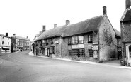 Castle Cary, the George Hotel c1960